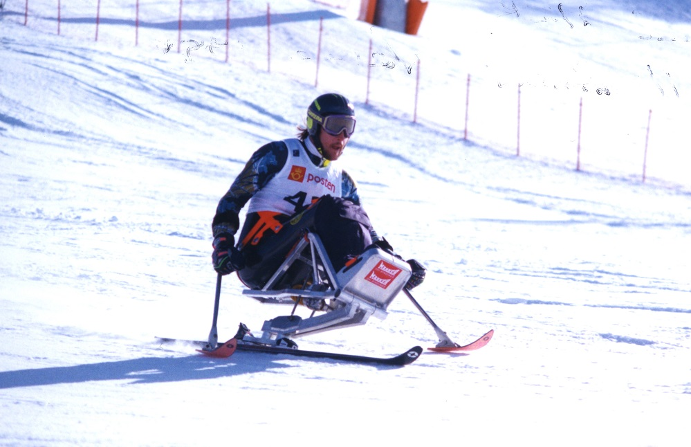 David Munk skis in Paralympic Games